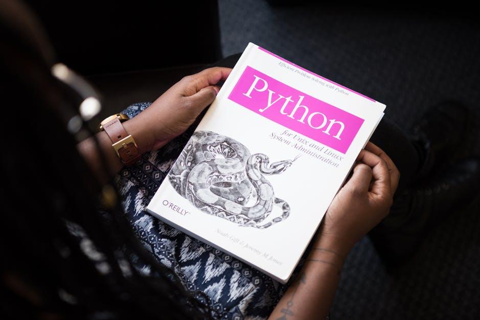 Waarom het leren van een programmeertaal zo belangrijk is tegenwoordig