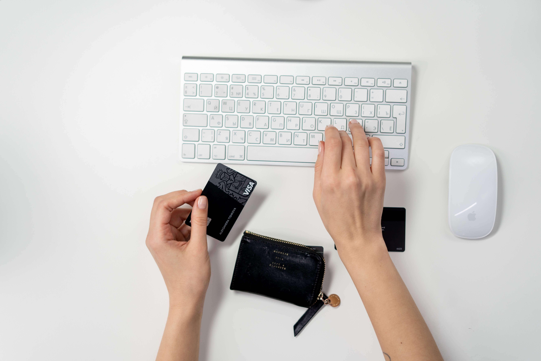 De voordelen en nadelen van prepaid creditcards